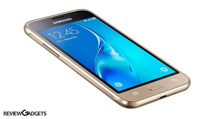 Samsung Galaxy J1 Display